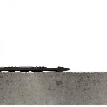 OutFront Reversible Scraper Mat Profile