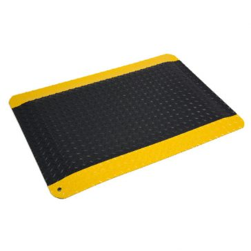 Diamond Plate Spongecote Yellow Border