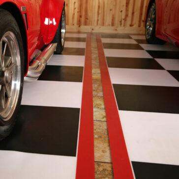 G-Floor Checkerboard Parking Pad Red Border