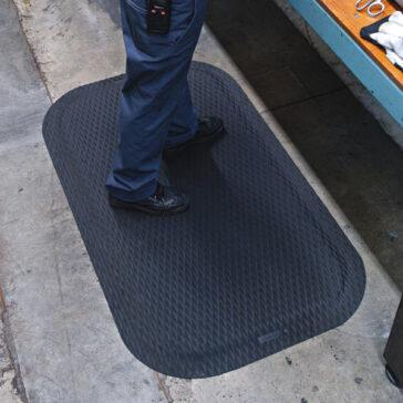 Hog Heaven Rubber Mat Industrial